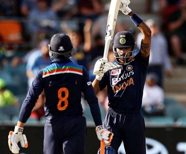 हार्दिक पांड्या आखिरी ओवर की चौथी ही गेंद पर