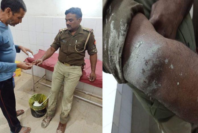 शराब पकड़ने गई पुलिस टीम पर हमला