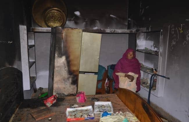 शॉर्ट सर्किट से घर में लग गई आग