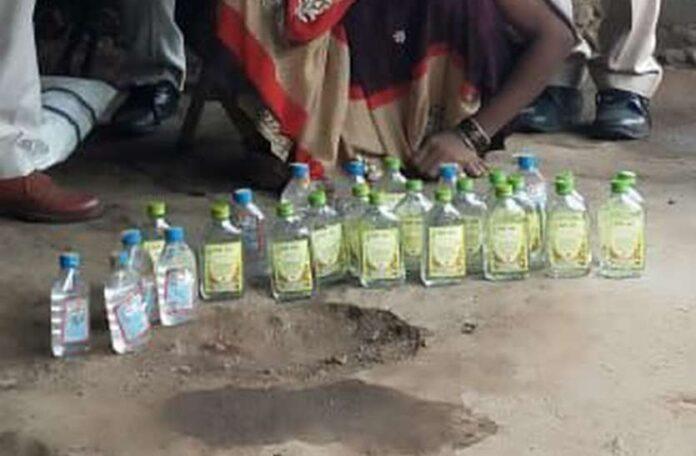 यूपी : जहरीली शराब से मौत देने वालों को हो सकेगी फांसी तक की सजा