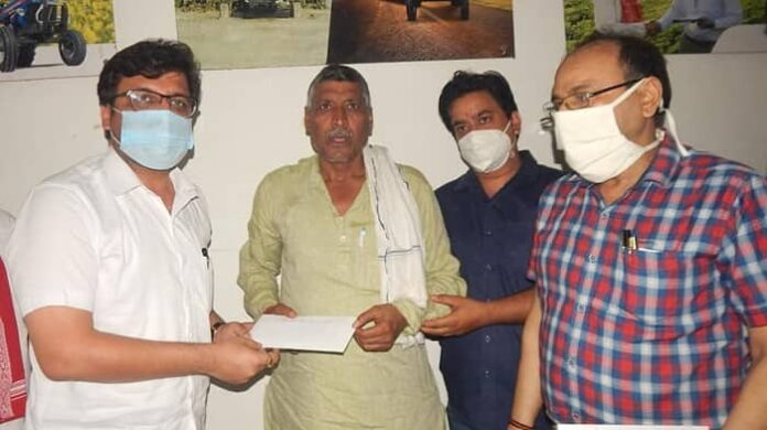 एक सड़क का नामकरण शहीद मेजर पंकज कुमार पांडे के नाम पर किया जाएगाः-नितिन अग्रवाल