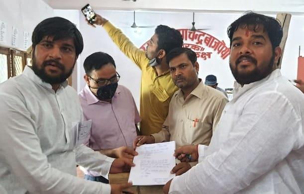 पिहानी: ब्लॉक प्रमुख चुनाव में युवा नेता कुशी बाजपेई भारी मतों विजयी